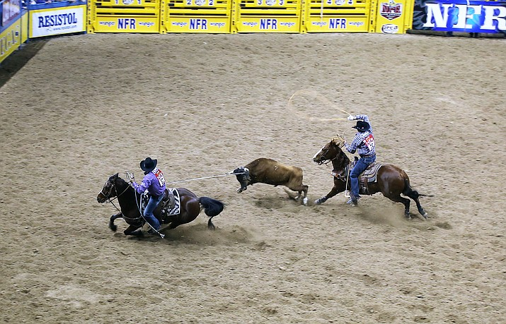 Team Roping World Champions Erich Rogers and Cory Petska averaged a time of 41.40 seconds for the team roping event at the 2017 Wrangler National Finals Rodeo. Submitted photos