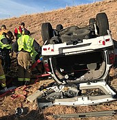 One injured in Pioneer Parkway rollover photo