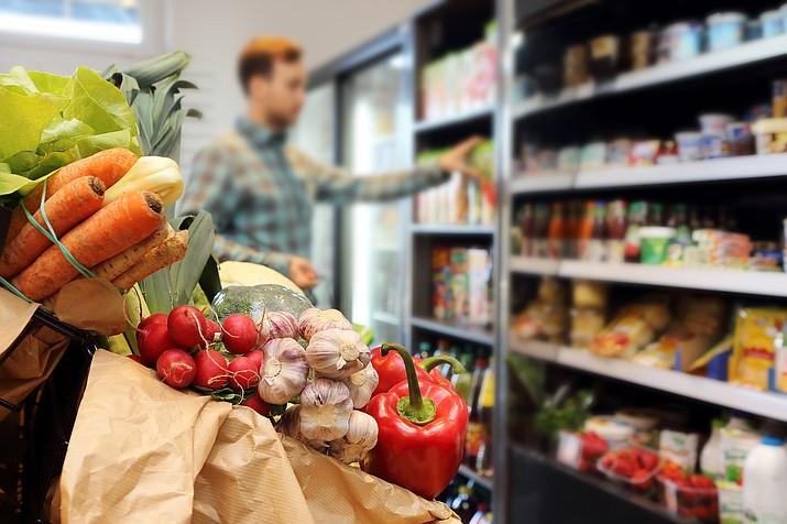 Grocers survey: Cost of eggs rises, but ham drops