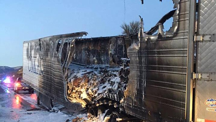 Copper Canyon Fire responds to trailer fire on I-17