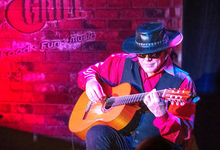 Esteban will perform a dinner concert Jan. 27 at Sound Bites Grill. (Photo by Bob Coates)