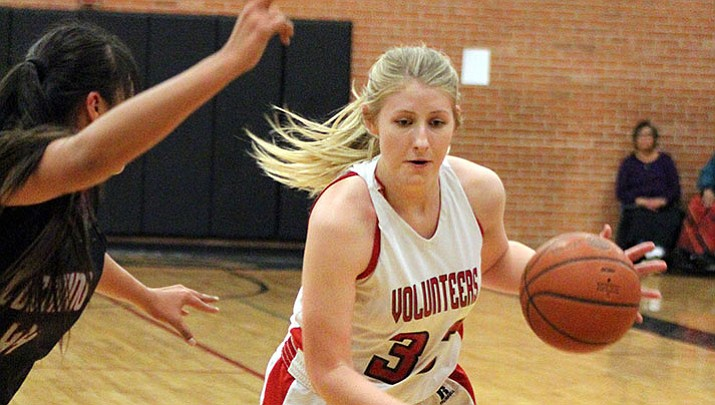 Sadie Snay led the Lady Vols with 11 points Friday night in an overtime win at Mingus.