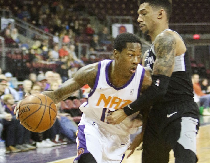 Northern Arizona's Archie Goodwin (17) goes around a defender to the basket against the Austin Spurs on Sunday, Feb. 25, 2018, in Prescott Valley. Goodwin scored 22 points in a 117-105 win. (Matt Santos/NAZ Suns)