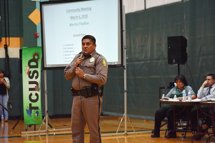 Navajo Nation Police Lieutenant Leonard Williams gives information on police department creime reporting. Williams also outlined how information is nprocessed  and precautions the police department takes to protect citizens, particularly students. (Rosanda Suetopka/NHO)