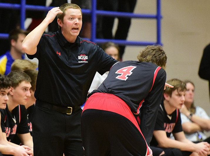 Matt Simpson talks with Blake Huntley (4) during a Bradshaw Mountain boys' basketball game Jan. 31, 2017, in Prescott. Simpson has resigned his head coaching position with the Bears. (Les Stukenberg/Courier, File)
