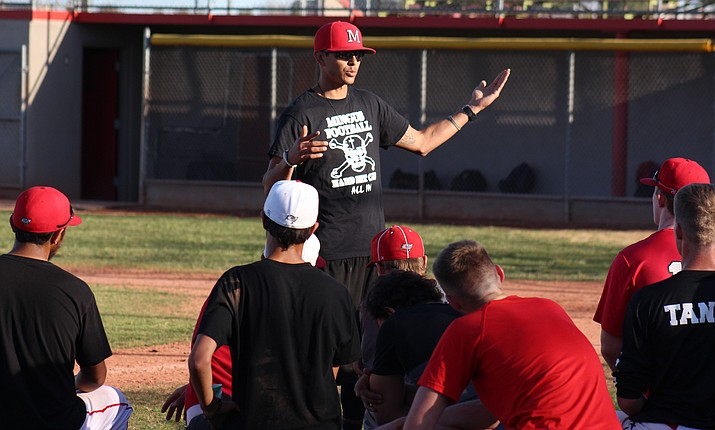 New Mingus head baseball coach Erick Quesada addresses the Marauders after practice on Friday afternoon. (VVN/James Kelley)