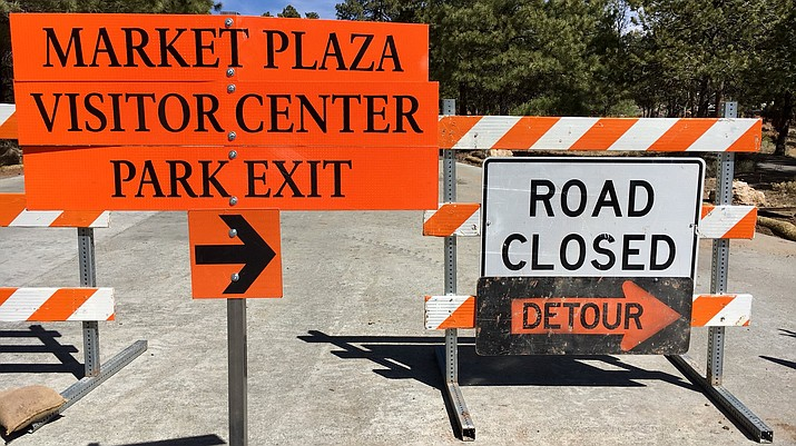 Visitors can expect detours and traffic delays during Grand Canyon's busy spring break period. (Mike Quinn/NPS)