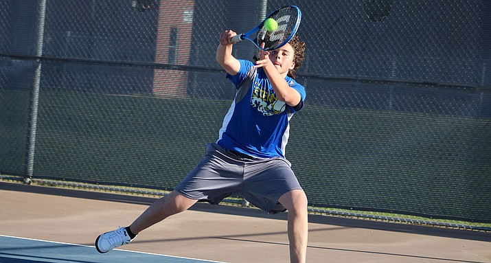Kingman's Jason Marquez just came up short against Lee Williams' Joseph Walker in No. 4 singles.