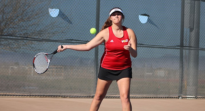 Lee Williams' Faith Nielsen defeated Kingman's Denise Wiley in their battle Tuesday at No. 1 singles.