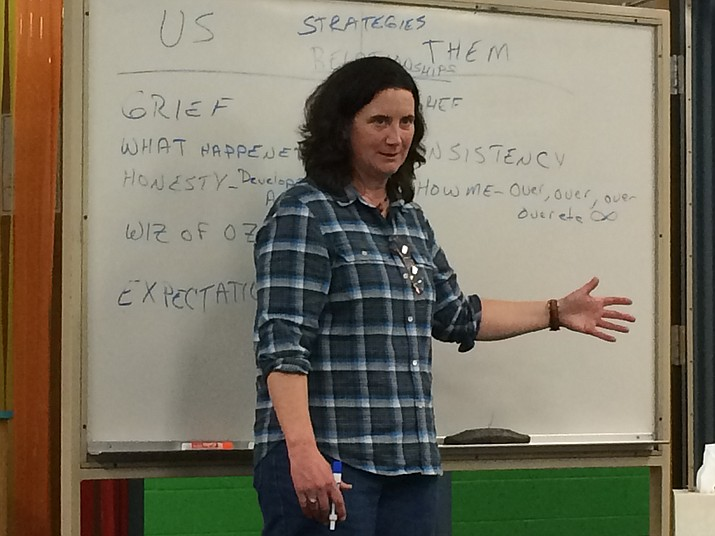Beth Dunn, LPC, explains strategies to help parents raise substance-exposed children at a workshop at Coyote Springs Elementary School March 29. (Sue Tone/Tribune)