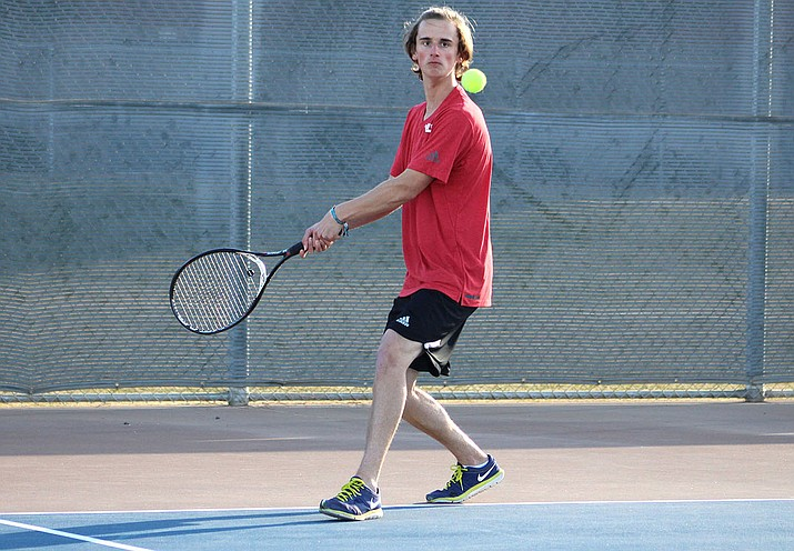 Lee Williams' Jordon Freeman is returning to state for the second straight season as he and Logan Rosenbach will compete in doubles. Kade Juelfs will represent the Vols in singles play against No. 1-ranked Colin McConnon of Cactus Shadows.