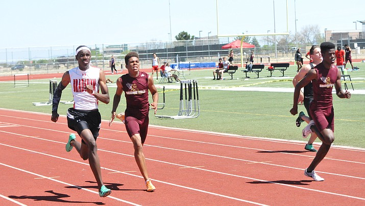 Bradshaw's Nnantah, Rozendaal, Shaver tune up for state