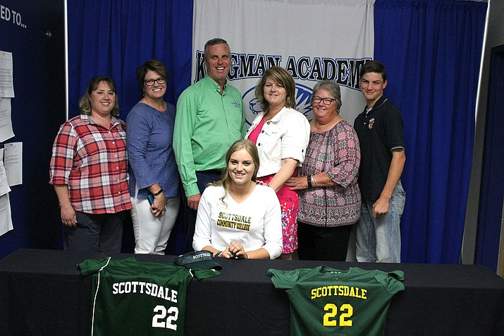 Academy's Maryssa Edwards made the decision in January that she would play softball at Scottsdale Community College.