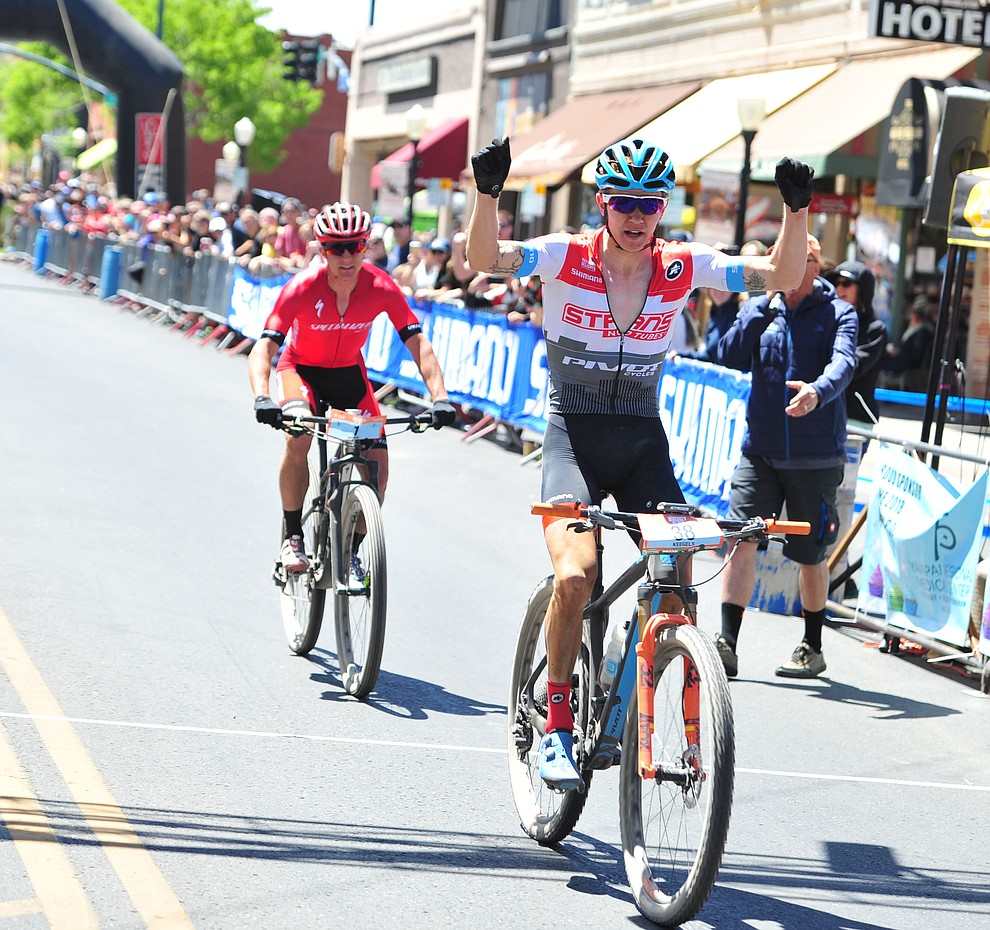 Keegan Swenson beats Howard Grotts by less than a bike length to win the Whiskey Off Road  50 mile professional race in Prescott Sunday, April 29, 2018. (Les Stukenberg/Courier)