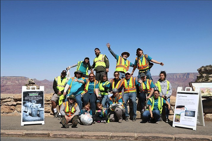 APS employees and their families led a volunteer clean-up effort at Grand Canyon National Park April 14. (Photo courtesy of Grand Canyon Association)