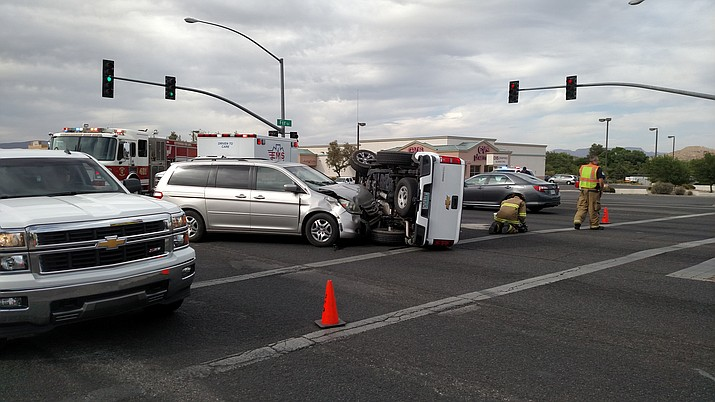 Traffic was passable but delayed at 5 p.m. Monday at the intersection of Arizona 260 and Fir Street following a two-vehicle accident. VVN/Dan Engler
