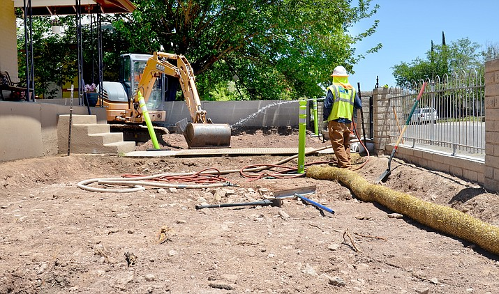 Cleanup crews began working on residential yards in Clarkdale this week on some of the 500 properties in Clarkdale in the United Verde Soil program. VVN/Vyto Starinskas