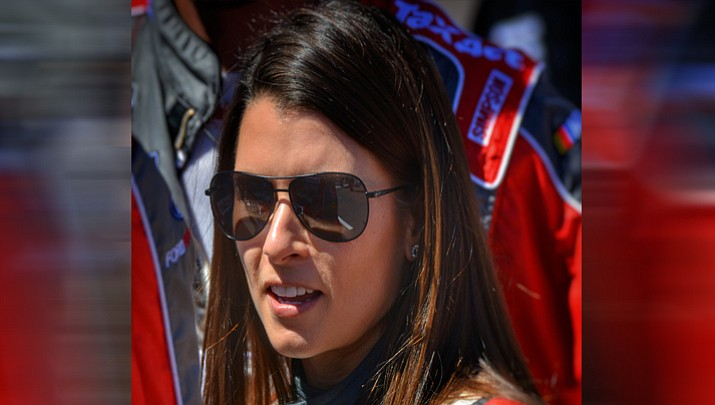 Danica Patrick at the 2017 Camping World 500 at Phoenix International Raceway in Avondale. (Morrison_2001, CC BY 2.0, https://bit.ly/2KWU06Y)