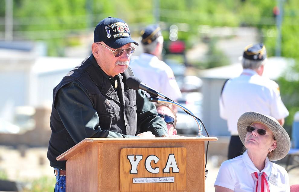 USMC and Vietnam War veteran Steve Reynolds speaks at the Citizens Cemetery Memorial Day program Monday, May 28, 2018 in Prescott Prescott. (Les Stukenberg/Courier)