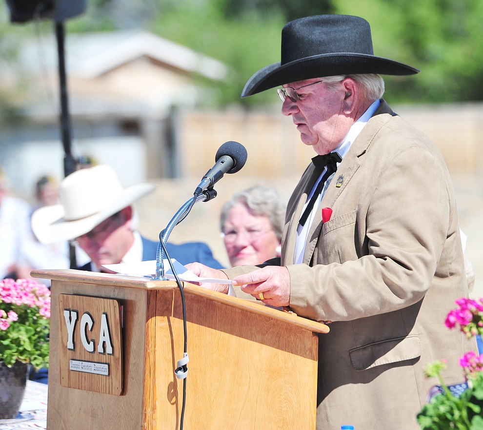 US Army and Vietnam War veteran Yavapai County Supervisor Craig Brown recites the Gattysburg Address at the Citizens Cemetery Memorial Day program Monday, May 28, 2018 in Prescott Prescott. (Les Stukenberg/Courier)