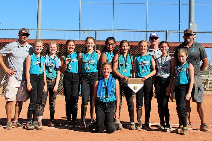 The 12U Sand Snakes pose for a photo after taking second overall at the School's Out for the Summer softball tournament June 3 in Prescott. (Sand Snakes/Courtesy)