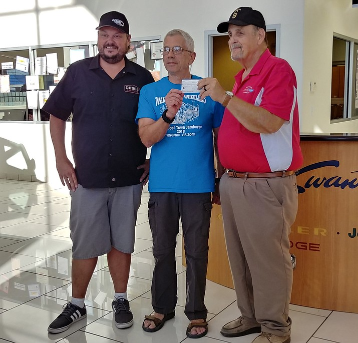 From left: Cody Swanty, Steve Strain of the Walapai 4 Wheelers, and JAVC President Pat Farrell. (Courtesy photo)