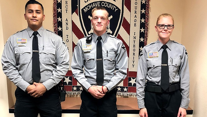 Kingman Photo   Detention Office Graduates