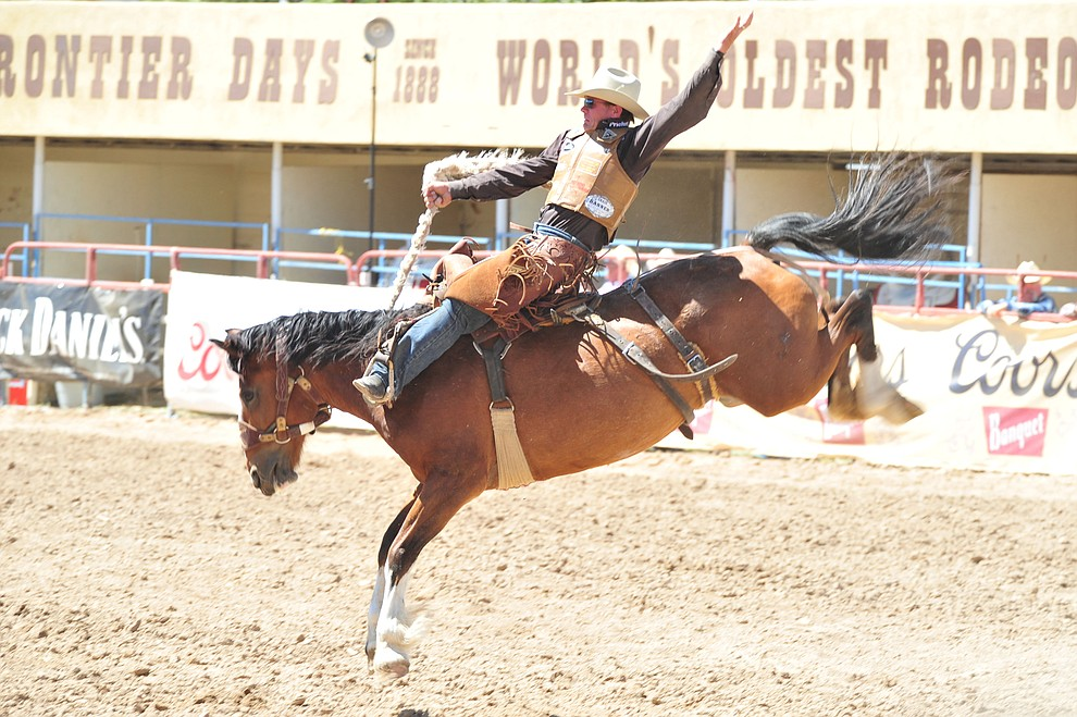 Cody DeMoss scores 84.5 on North Side in the saddle bronc riding during the third performance of the Prescott Frontier Days Rodeo Saturday, June 30, 2018.(Les Stukenberg/Courier)