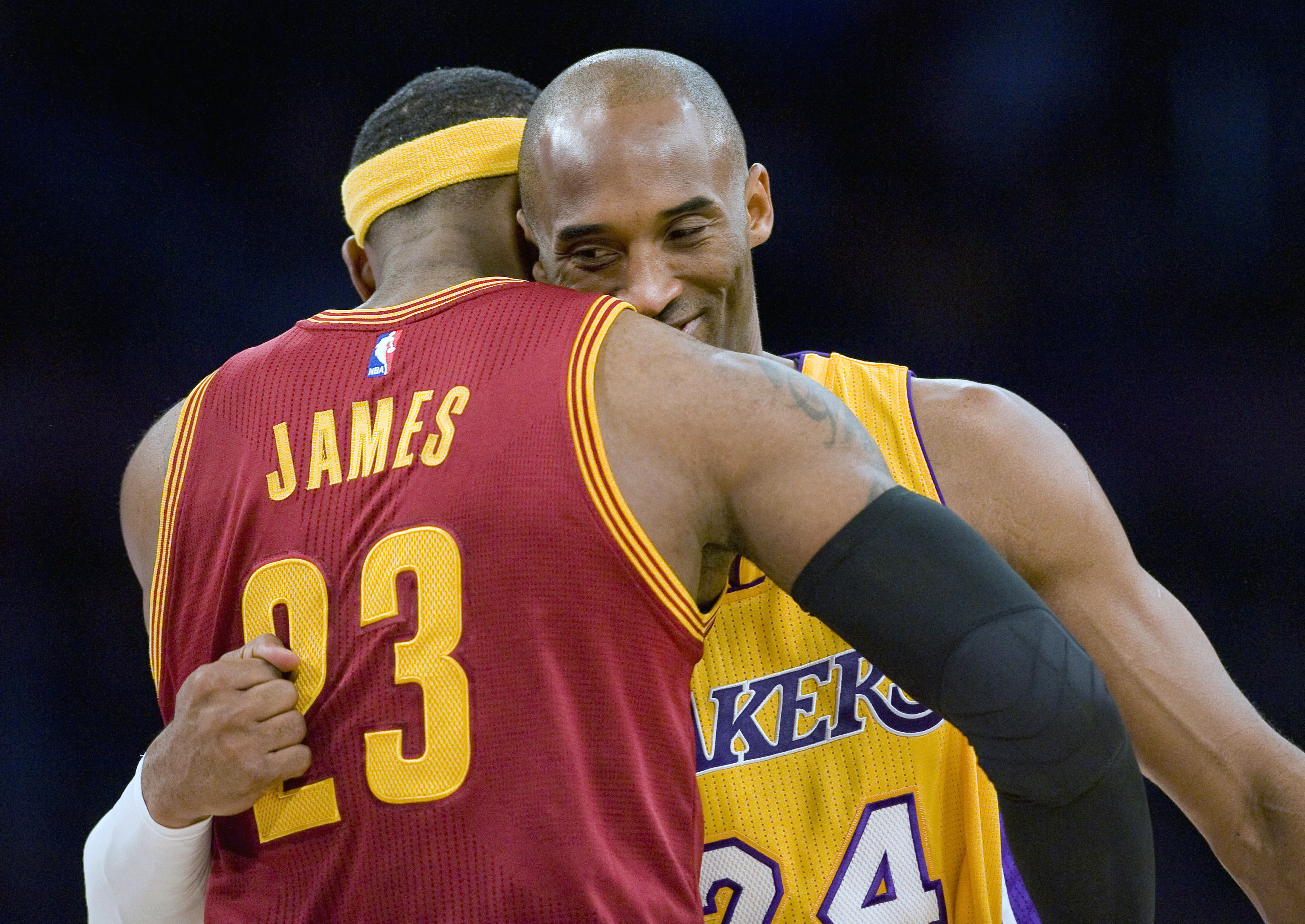 9c9983c3ae6 It s official  Lakers announce LeBron James has signed. NBA. Los Angeles ...