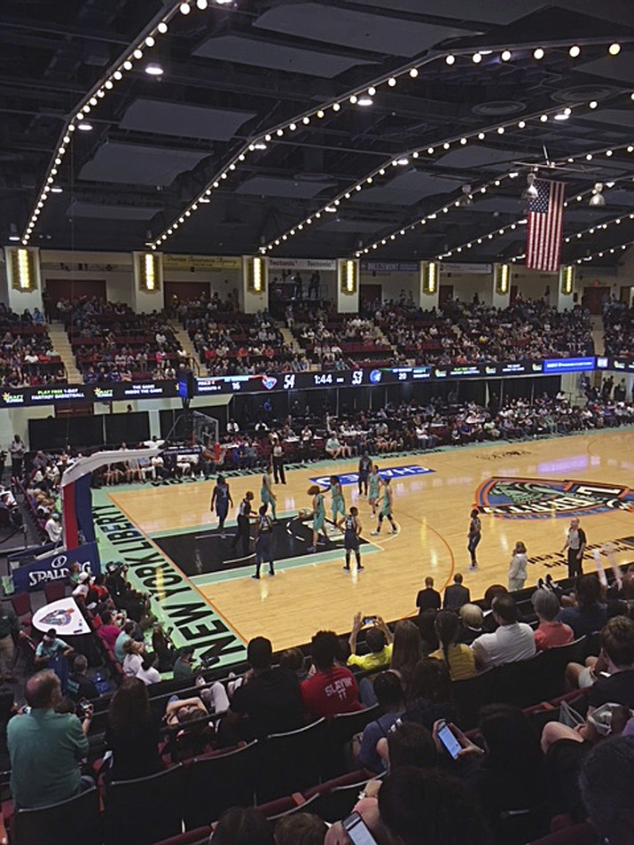 The New York liberty and Minnesota Lynx play in a WNBA basketball game at the Westchester County Center in White Plains, N.Y., on May 26, 2018 (AP Photo/Melissa Murphy)