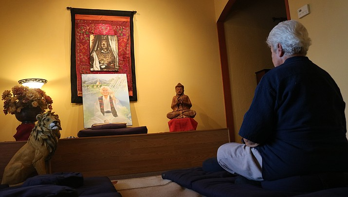 Humuh Meditation and Dharma Center helps you achieve a peaceful mind