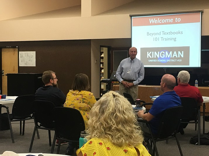 Superintendent Roger Jacks introduces the new teachers at KUSD and guest speakers for the Beyond Textbooks training when teachers learned about the curriculum map for the district. The program also provides teachers lesson plans and other resources. (Photo by Vanessa Espinoza/Daily Miner)