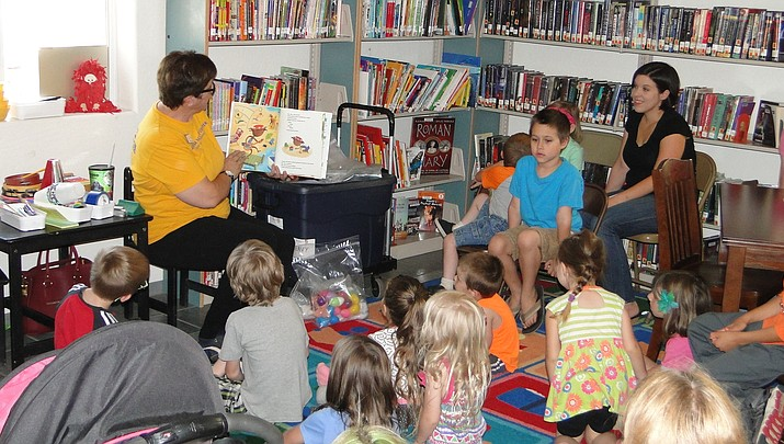 Arizona Science Center event at the Cordes Lakes Library included music demonstration