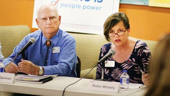 Camp Verde Mayor Charles German and incumbent Council Member Robin Whatley share their views during Wednesday's candidates forum sponsored by the Greater Verde Valley's branch of the League of Women Voters. VVN/Bill Helm