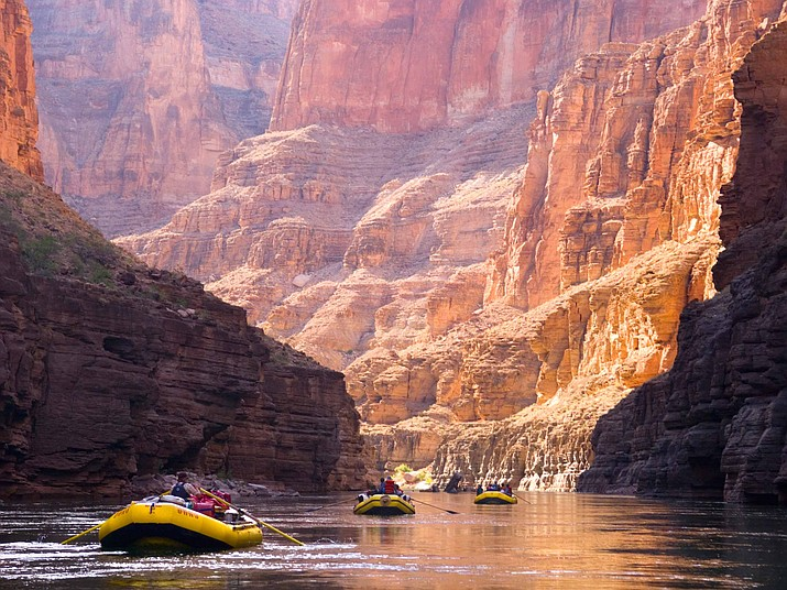The National Park Service has extended contracts with Grand Canyon rafting companies that would avoid exorbitant fees, according to Congressional Western Caucus. (Photo by Paxson Woelber, CC 2.0, https://bit.ly/2nrFVET)