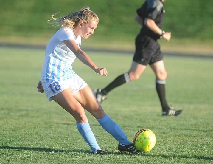 Breanna Larkin passes the ball against Mesa Community College on Aug. 14, 2017, in Prescott. The Embry-Riddle women's soccer team begins the 2018 season Saturday, Aug. 18, against No. 8-ranked Westmont. (Les Stukenberg/Courier, file)