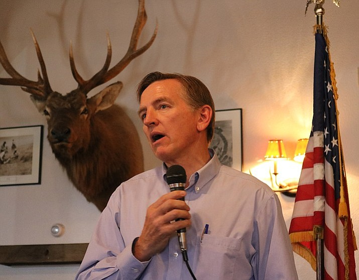Rep. Paul Gosar of Arizona's 4th Congressional District updates an audience of the Kingman Republic Women as to happenings in Washington, D.C. (Travis Rains/Daily Miner)