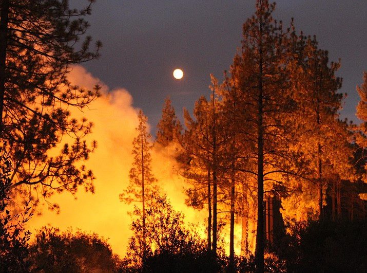The five hottest Aprils to Septembers out West produced years that on average burned more than 13,500 square miles, according to data at the National Interagency Fire Center and the National Oceanic and Atmospheric Administration. That's triple the average for the five coldest Aprils to Septembers.