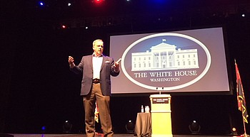 Spicer recounts tumultuous White House tenure photo