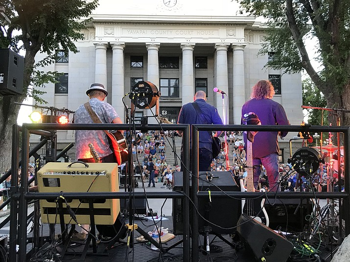 The CheekTones performed Friday night, Aug. 24 at the courthouse plaza as part of the 2018 Summer Concert Series. Next up will be the Goodwin Street Gang performing 6:30 to 8:30 p.m. on Tuesday, Aug. 28. Then on Thursday, Aug. 30 come downtown to catch the Prescott Idol performances from 6:30 to 8:30 p.m. (Richard Haddad/WNI)