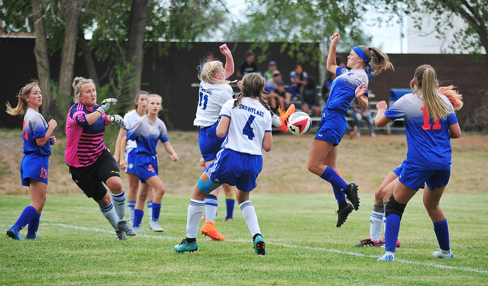 Chino Valley's Ashley McGuffey scores as the Cougars take on Snowflake at home Tuesday Sept. 4, 2018. (Les Stukenberg/Courier)