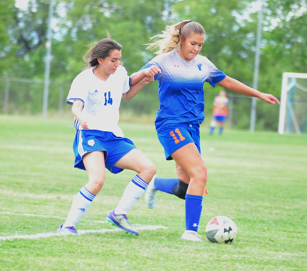 Chino Valley's Sabrina Lopez controls the ball as the Cougars take on Snowflake at home Tuesday Sept. 4, 2018. (Les Stukenberg/Courier)