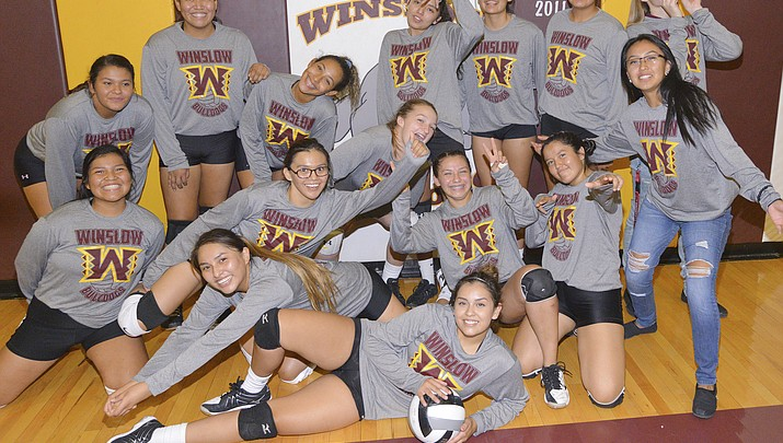 Lady Bulldogs volleyball loses to Tuba City