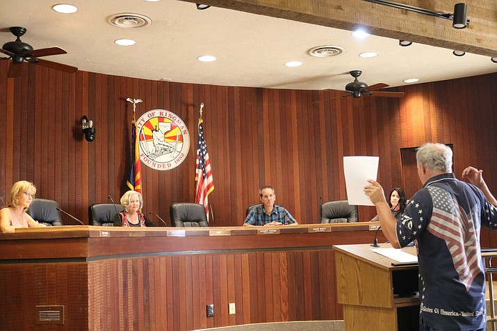Steve Robinson, District 1 Director for the Mohave County Republican Party, makes his case to Council that the top four write-in candidates from the primary election should advance to the general election in November. (Photo by Travis Rains/Daily Miner)