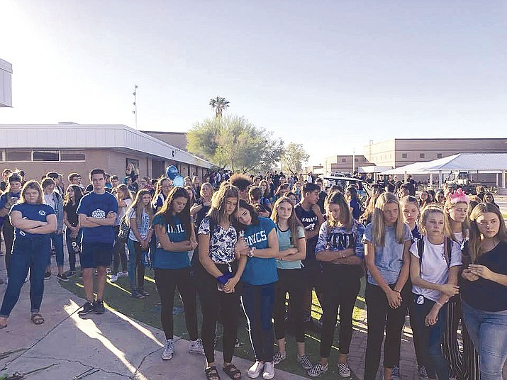 Students at Lake Havasu High School organized a memorial Tuesday morning for Hannah Gottier, a freshman. Students wore blue and teal in her honor. The memorial included her name spelled in flowers. (Photo courtesy Kyle Tobin via Today's News-Herald)