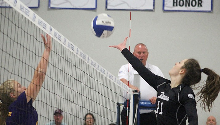 Prep Volleyball: Lady Tigers hold off late Wickenburg rally for 3-1 win