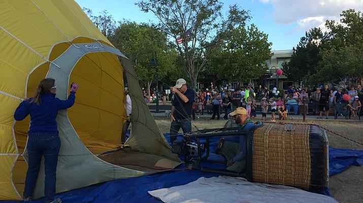 Photos: Balloons launch Sunday morning over Prescott's Watson, Willow lakes