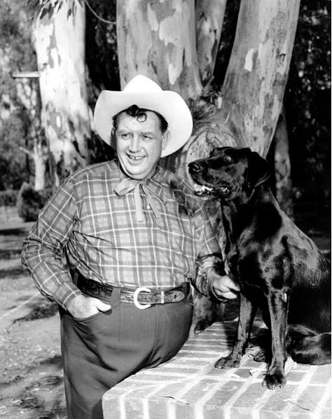 Andy Devine stands dressed in a western costume for a promotional photograph for Universal Pictures. (Photo courtesy Mohave Museum of History and Arts)