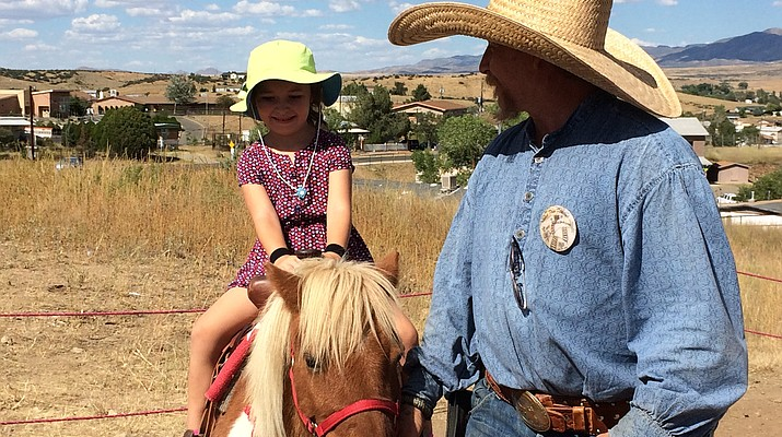 Shootouts, parade, pony rides draw 1,000 to Agua Fria Festival