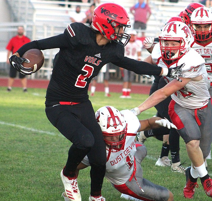 AJ Herrera and the Volunteers travel to Flagstaff tonight for a 7 p.m. contest in the NAU Walkup Skydome. Herrera has 17 receptions for 207 yards and two touchdowns this season. (Daily Miner file photo)